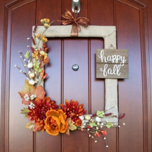 How to Make a Fall Wreath from a Thrifted Picture Frame: you'll love how easy and cheap this DIY is! Full video tutorials.
