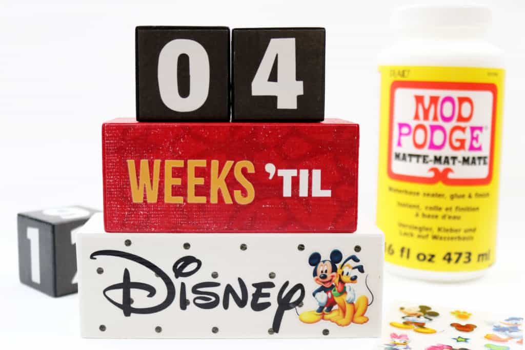 6 Disney Crafts to Make Before Your Next Disney Vacation: DIY Disney Countdown