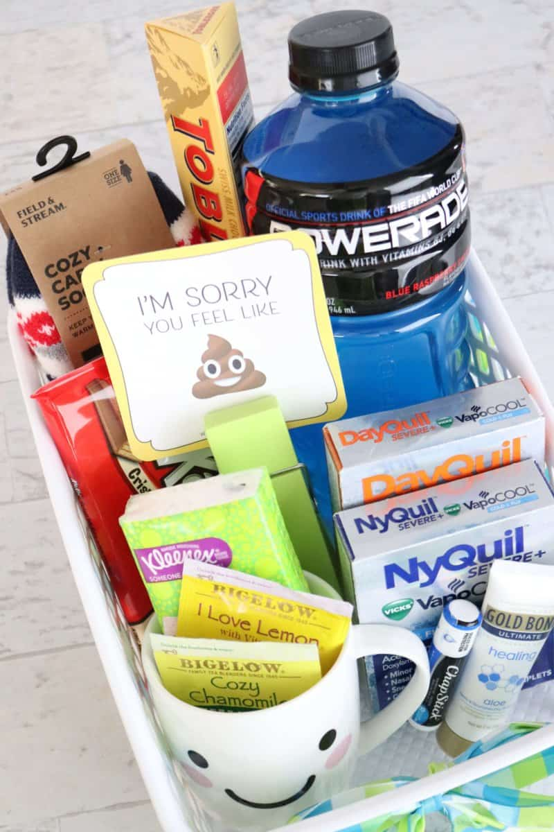 Don't forget these 6 must-have items in the perfect get-well DIY gift basket! Completely adaptable for a friend, spouse, sister, brother, mom, or dad. This list includes everything that sick individual wants and needs this flu season.