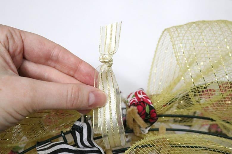 how to make a deco mesh wreath hanger