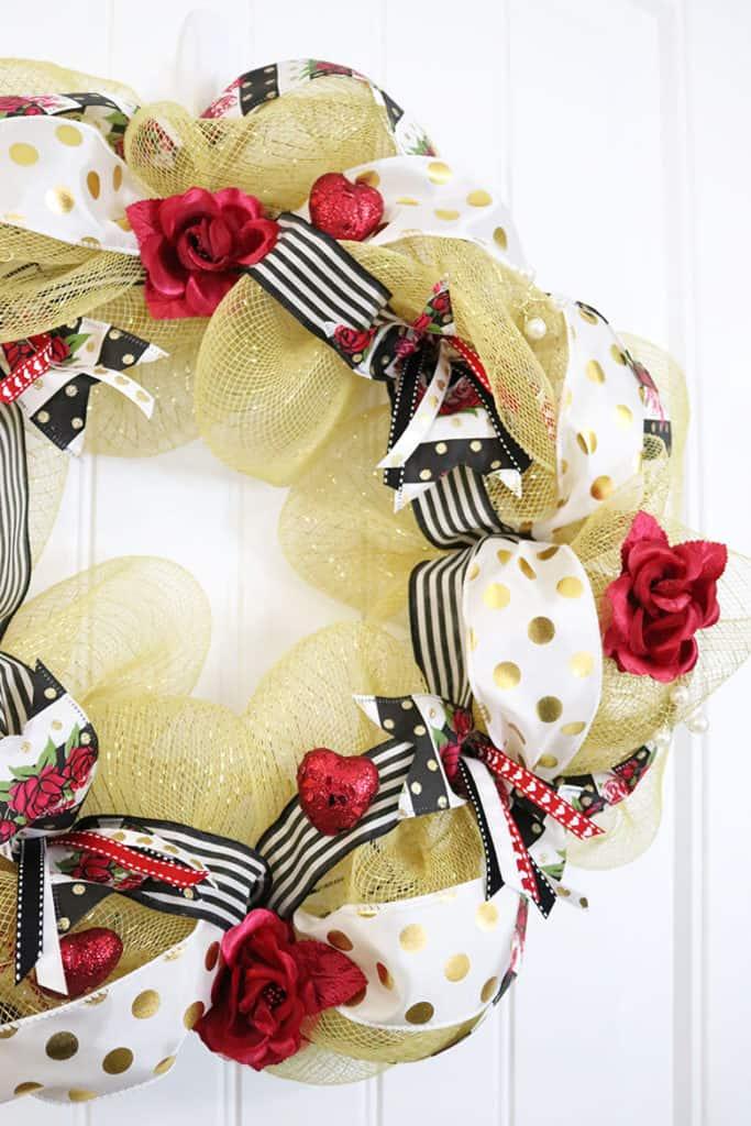 romantic gold deco mesh wreath for Valentine's
