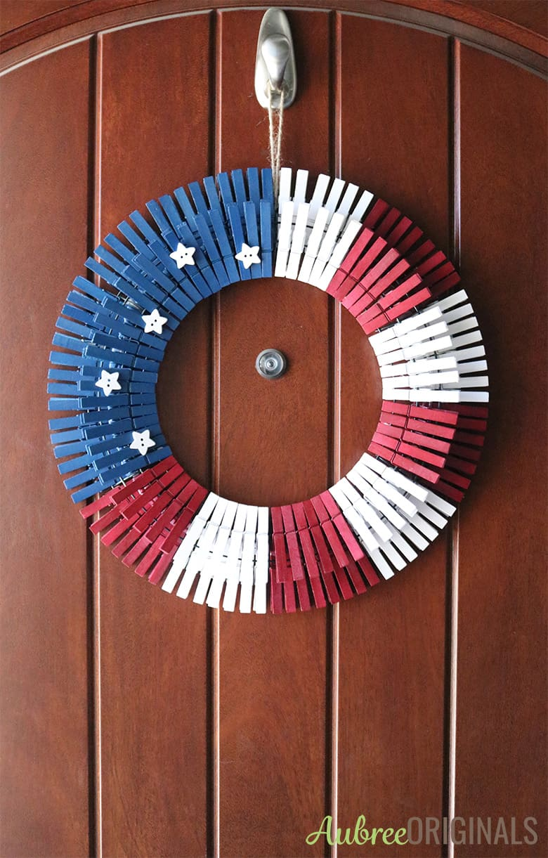 Diy Patriotic Clothespin Wreath Just In Time For The 4th Of July Aubree Originals