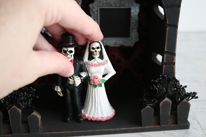 bride and groom skeleton haunted house fairy garden DIY