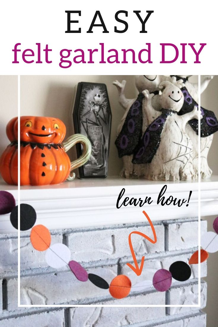 Learn how to make a DIY felt garland with this easy tutorial! Great for the beginning sewer and the thrifty decorator! Easy and cheap holiday decor.
