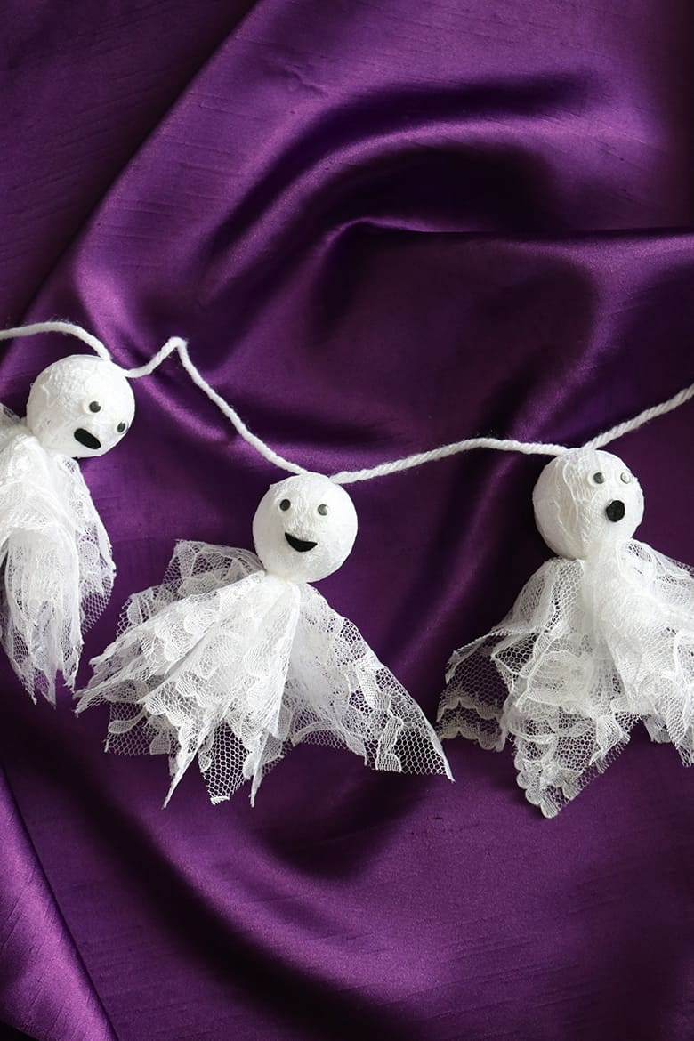 Diy Lace Ghost Halloween Garland Aubree Originals